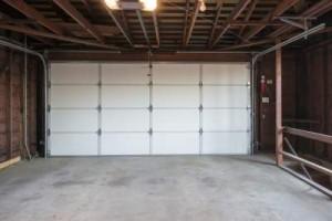 Vista Garage Door Repair Service