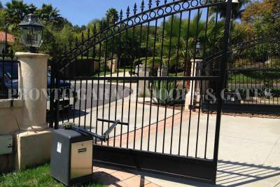 Iron Swing Driveway Gates